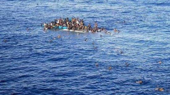 al-menos-29-muertos-en-naufragio-de_egipto