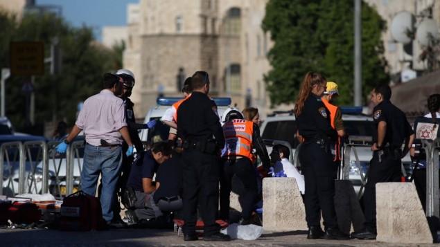 atentado-en-jerusalem-contra-dos-policas-la-agente-femenina-herida-en-el-cuello-muy-grave