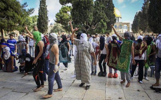 agitadores-moros-en-el-monte-del-templo-640x400