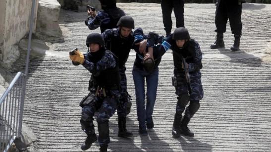 policia-palestrucha-en-ejercicio-635x357