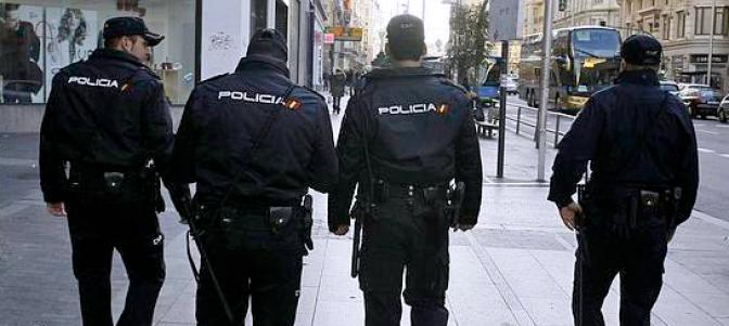 policia-nacional-cnp marroquies roban un auto y atropellan a un aciano en Murcia-España.png