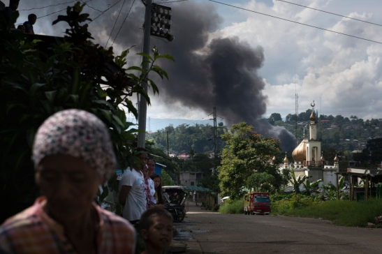 Filipino Troops Battle ISIS Militants In Marawi City